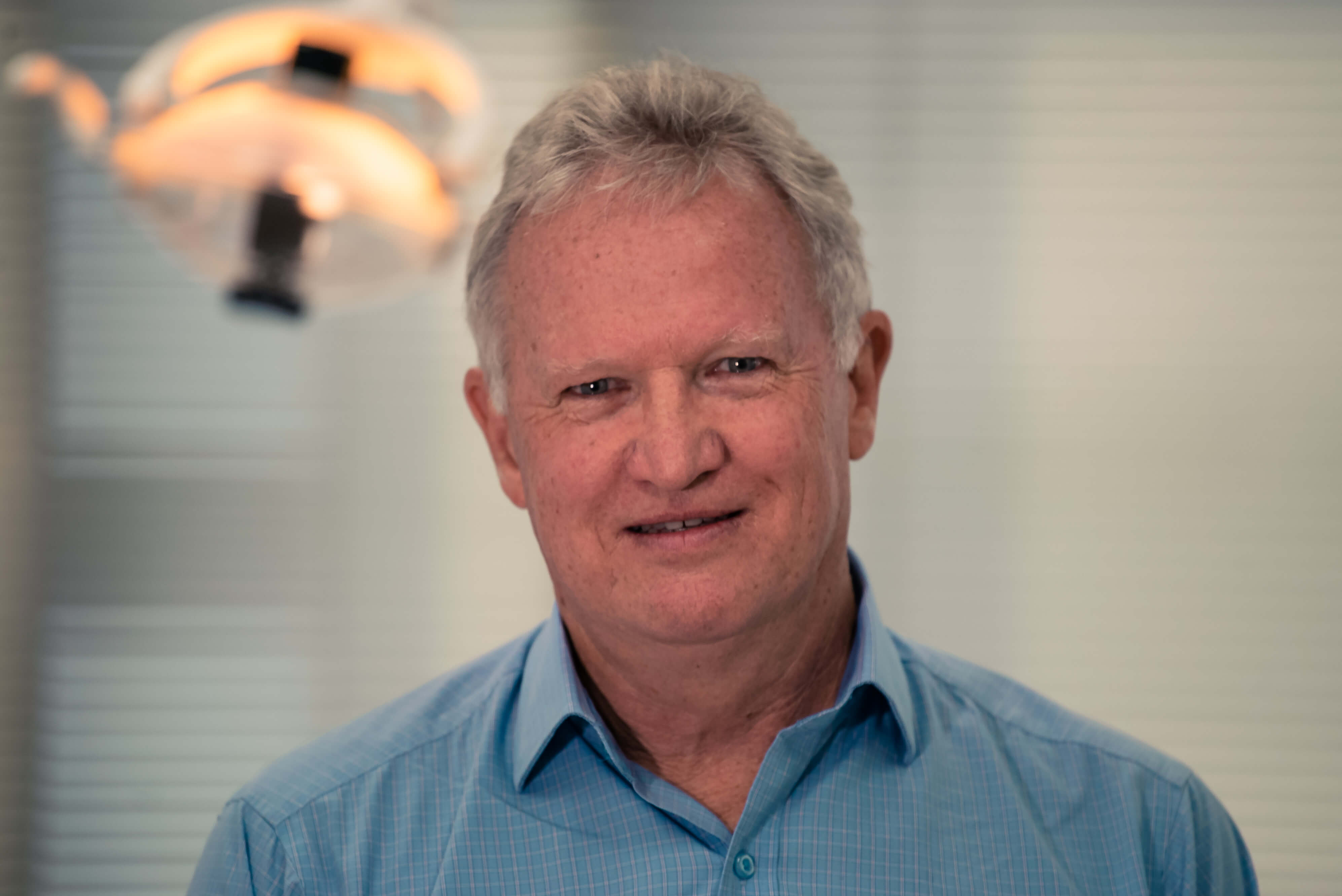 Dr. Peter Synnott